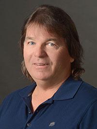 Bruce Davis : Owner